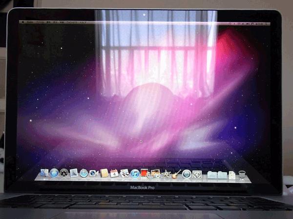 初期設定完了してデスクトップ画面が表示されました。