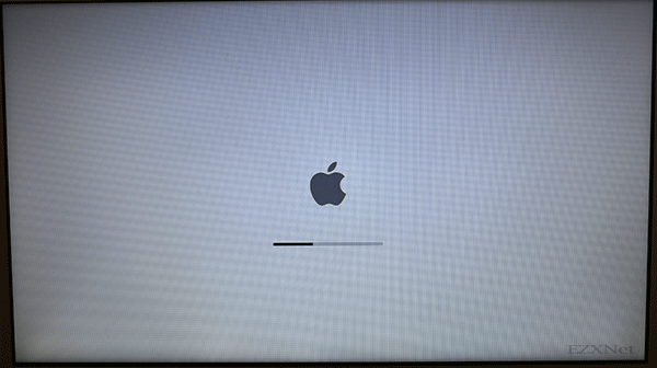 Macの再起動が自動的に行われます。